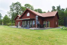 Klassiskt vinkelhus i faluröd | Bygger på förtroende!