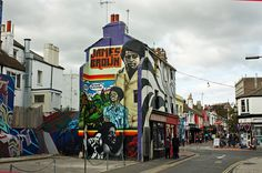 Brighton - The Lanes - Sept 2009 - James Brown Graffiti Brighton Rock, Brighton England, Brighton And Hove, Street Graffiti, Street Art, Street View, Best Places To Live, East Sussex