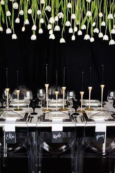 trendy Ideas for wedding inspiration white table settings Wedding Reception Chairs, Wedding Table, Wedding Venues, Reception Party, Reception Ideas, Wedding Bands, Wedding Centerpieces, Wedding Decorations, Decor Wedding