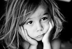 Η γκρίνια του παιδιού είναι έναSOS, μια έκκληση για βοήθεια, αλλά χωρίς λόγια Kids And Parenting, Children, Young Children, Boys, Kids, Child, Kids Part, Kid, Babies