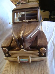 This is a frontal view of my Woodie