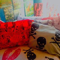 Crazy cute new pillowcases .... duvet cover, curtains and art, newly silkscreened <3 !!  Love love.