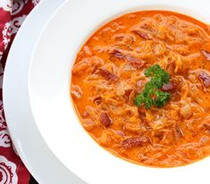 sauerkraut soup recipe german sauerkrautsuppe bacon paprika You are in the right place about german recipes oktoberfest Here we offer you the most beautiful pictures about the german recipes you are l Sauerkraut Soup Recipe, Greek Recipes, Soup Recipes, Healthy Recipes, German Recipes, Roasted Tomato Soup, Fall Dishes, Turkey Soup, Gourmet