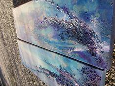 Colorism ist der Mittelpunkt dieses Gemälde Whitch ist Tanz von violett und Blau zugeordnet, es ist Mischen von Farbe und glänzend und Matt-Texturen, die einander Inspiaring Geschichte mit mehreren Ebenen zugeordnet sind    ZWEI Gemälde, Größe jeweils ist 20 x 60 x 1,5 cm / 7,9 x 23,6 x 0,6 Zoll    MEDIUM: Acrlycs malen, Mischtechnik auf imprägnierter Leinwand mit Keilrahmen    BEREIT ZU HÄNGEN    Künstler: Mein Name ist Marija und diese Arbeit entsteht durch meine Hände und Bürsten an d...