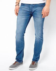 €80, Blaue Jeans von Lee. Online-Shop: Asos. Klicken Sie hier für mehr Informationen: https://lookastic.com/men/shop_items/14934/redirect