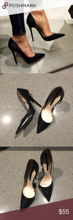 ZARA Woman Stiletto Heels ZARA Woman Collection stiletto heels. EUC. Size 36/6. OPEN TO OFFERS! Zara Shoes Heels