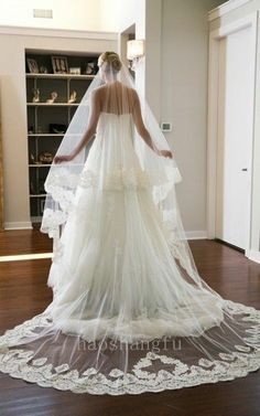 13 New Stylish White Cathedral 2T Sweetheart Lace Bridal Wedding Veil Free Comb