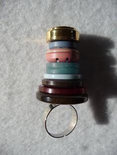 Wie man _unschwer_ erkennt, ist dieser Ring im Rahmen der Aktion KunstRaub Nr. 5 entstanden, die den Hundertwasserturm in Abensberg als Inspiration...