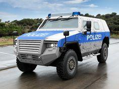 autowp.ru_kmw_ampv_police_1.jpg (2048×1536)