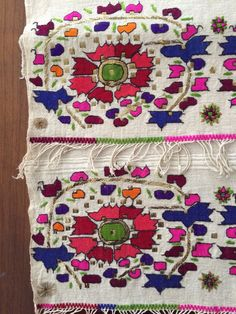 19th C ANTIQUE OTTOMAN-TURKISH GOLD & SILK HAND EMBROIDERY ON LINEN.