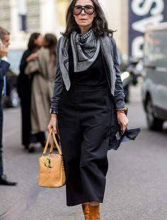 Get the Look: Véronique Tristram Mature Fashion, Work Fashion, Fashion Looks, Fashion 2020, Fashion Outfits, Womens Fashion, Style Fashion, The Sartorialist, Stylish Older Women