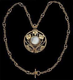 Arts and CraftsFloral Pendant,Gold & Moonstone;British, c.1910