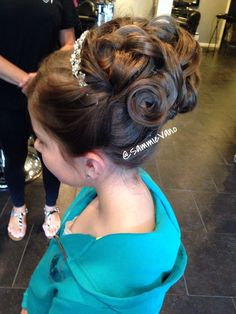 Communion Girl Updo Upstyle Hair My Work In 2019 Communion - prom hairstyles for kids afro hairstyles for kids Afro Hairstyles For Kids, Cute Little Girl Hairstyles, Flower Girl Hairstyles, Bun Hairstyles, Wedding Hairstyles, Halloween Hairstyles, Bridal Hairstyle, Updo Hairstyle, Elegant Hairstyles