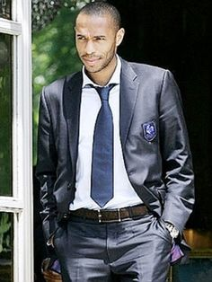 Swagger: World Cup - Thierry Henry + Yoann Gourcuff Thierry Henry, Soccer Fans, Soccer Players, Henry Styles, France 98, Live Fashion, Mens Fashion, Top Trumps, Sports Stars