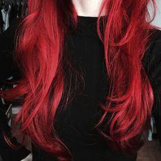 Olá todo mundo, feliz ano novo!             Sempre tive um grande desejo na vida: ter os cabelos vermelhos. Há muitos anos, persisti basta...