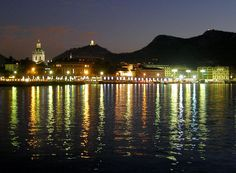 Lake Como at night. ♥ my dream destination...