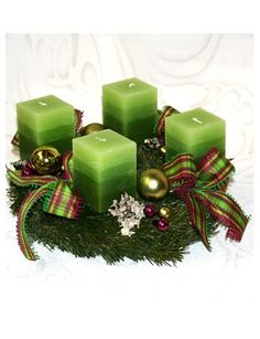 Pisztácia adventi koszorú Christmas Advent Wreath, Christmas Centerpieces, Holiday Decor, Christmas Decor, Home And Garden, Table Decorations, Home Decor, Advent, Crowns