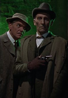 """Peter Cushing as Sherlock Holmes and Andre Morell as Dr.Watson in """"The Hound of the Baskervilles"""" (Terence Fisher, Hammer Horror Films, Hammer Films, Horror Movies, Sherlock Holmes, Gothic Stories, Famous Detectives, Elementary My Dear Watson, Jonny Lee Miller, Peter Cushing"""