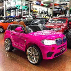 Battery Car For Kids Ride on Car Shop Now At With Remote Control Battery Kids Ride On Toys, Toy Cars For Kids, Toys For Girls, Kids Toys, Kids Jeep, Kids Atv, Kids Bike, Power Wheel Cars, Kids Power Wheels