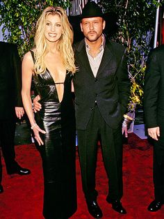 Faith and Tim McGraw younger years Best Country Singers, Country Music Stars, Country Artists, Tim Mcgraw Family, Celebrity Couples, Celebrity News, Celebrity Beauty, Tim And Faith, Tim Mcgraw Faith Hill