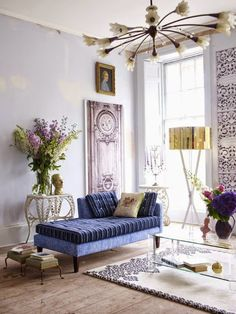 Elegant airy space with chaise