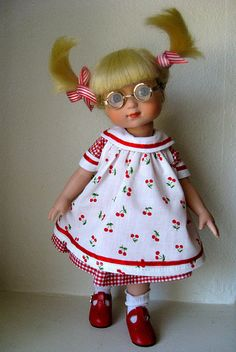 ©Mary Engelbreit Cherries & Gingham 2004 Robert Tonner OUTFIT ONLY ME 8401 LE1000 Originally Sold For $29.99