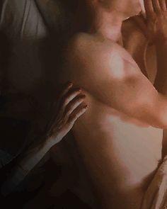 Tom Hiddleston half naked gifs appreciation post. - satrianna's soup