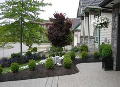 Easy Front Yard Landscaping   Front Yard Design 2