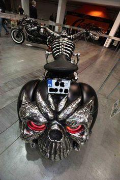 Harley Davidson News – Harley Davidson Bike Pics Custom Street Bikes, Custom Bikes, Harley Bikes, Harley Davidson Motorcycles, Moto Bike, Motorcycle Bike, Women Motorcycle, Bajaj Motos, Custom Motorcycle Paint Jobs