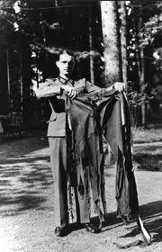 trajes de mulheres em 1944 - Pesquisa Google