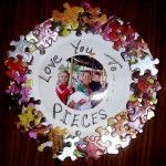 Love You to Pieces Frame - good activity for Mother's or Father's Day -the puzzle pieces make me think of how this would be nice for an autism awareness project.