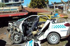 Pelo menos três mortes são registradas em rodovias do Meio-Oeste do Estado   Acidentes ocorreram em Campos Novos e Ipumirim durante a madrugada e a manhã deste sábado. http://mmanchete.blogspot.com.br/2013/04/pelo-menos-tres-mortes-sao-registradas.html#.UWCmAZNQGSo