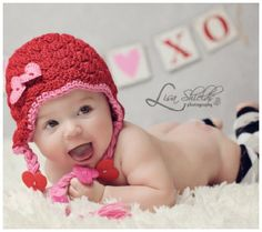 A Collection of the Most Adorable DIY & Handmade Valentine Photo Props for Baby Valentine Hats, Valentine Picture, Valentines Day Baby, Valentines Day Photos, Posing Ideas, Crochet For Kids, Crochet Baby, Crochet 101, Hat Crochet