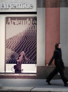 Pixels become lighting elements - Free Pixel, the installation designed by Carlo Ratti for Artemide
