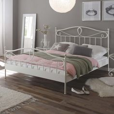 Majestic white beds The artful flourishes of the bed (here in white) bring Mediterranean flair rbmtgls Room Ideas Bedroom, Bedroom Decor, Queen Metal Bed, Wrought Iron Beds, Small Master Bedroom, Small Bedroom Designs, Bedroom Images, Bedroom Furniture Design, White Bedding