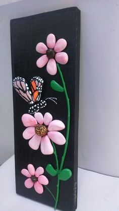 Stone Crafts, Rock Crafts, Arts And Crafts, Diy Crafts, Pebble Painting, Pebble Art, Stone Painting, Pebble Stone, Butterfly Art