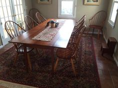 Thomas Moser Dining Table And Chairs : Lot 76