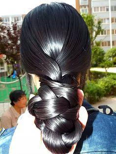 The World's Best Photos by indian braided hair Single Braids Hairstyles, Slick Hairstyles, Long Black Hair, Hair Color For Black Hair, Beautiful Long Hair, Amazing Hair, Beautiful Ladies, Long Indian Hair, Ballroom Hair
