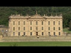 Vacation like a duchess at Chatsworth Fancy being neighbors to a duke and duchess? At Chatsworth Estate in England, this is a reality for holiday-goers who stay in luxury cottages nestled in the sprawling countryside Chatsworth Estate, European Vacation, Luxury Real Estate, Tuscany, Countryside, Travel Inspiration, Places To Visit, England, Luxury Cottages