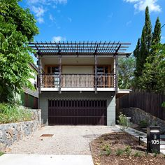 Riddel Architecture of Queensland demolished a house in Brisbane, Australia, and then built a new home out of the salvaged materials.