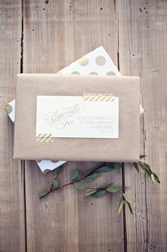 LilyAllsorts: 25 Ways to Wrap with Brown Paper.