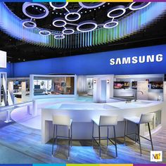 Imagine walking through a nested proscenium arch entrance with content-responsive ambient lighting on 30 curved TV monitors that flawlessly demonstrate SUHD TV technology. Learn more about this incredible exhibit.