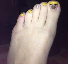 I ❤ me some Bruins hockey! Hockey Nails, Bruins Hockey, Boston Bruins, Mani Pedi, Toe Nails, How To Do Nails, Babe, Nail Art, Sports