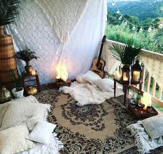 Boho date night picnic mountains view Bohemian crochet throw candles cozy date idea See this Instagram photo by @sian____ • 842 likes - Looking for affordable hair extensions to refresh your hair look instantly? http://www.hairextensionsale.com/?source=autopin-pdnew