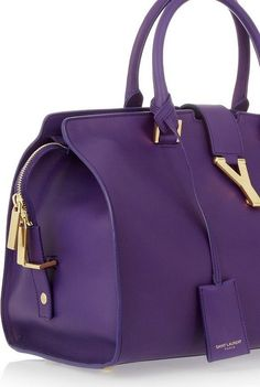 32 Beautiful purple handbags