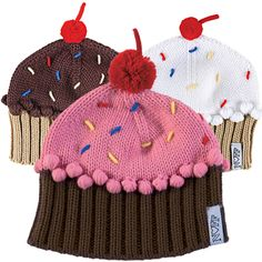 cupcake hat...so cute! I can give this as a gift, since I have all boys.