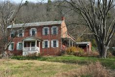 Abandoned, south of Carrolton Kentucky
