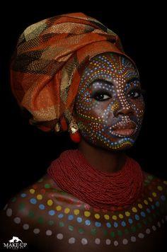 ETHNIC AFRICA - MAKE-UPNATURAL