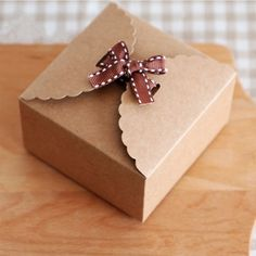 (Sponsored Link) Mini Kraft Paper Packaging Box Wedding Gift Favor Party Candy Cake Box CA Wedding Favors And Gifts, Hen Party Gifts, Party Favor Bags, Paper Packaging, Box Packaging, Mini Kraft, Wedding Bubbles, Acrylic Cake Topper, Custom Bottles