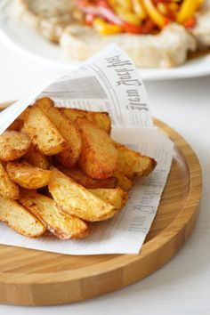 The Cook Time: Potatoes au paprika au four Vegetarian Recipes, Cooking Recipes, Healthy Recipes, Quick Recipes, Healthy Snacks, Salty Foods, Sandwiches, Yummy Food, Tasty